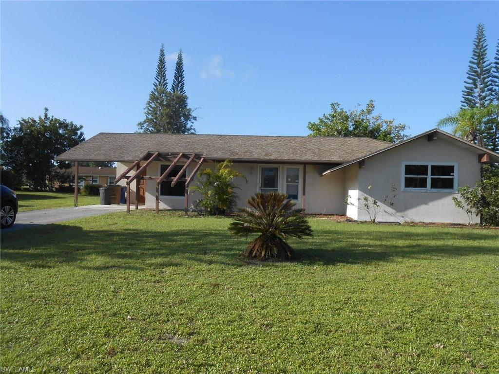 1439 Caywood Cir N, Lehigh Acres, FL 33936 (MLS #216046450) :: The New Home Spot, Inc.