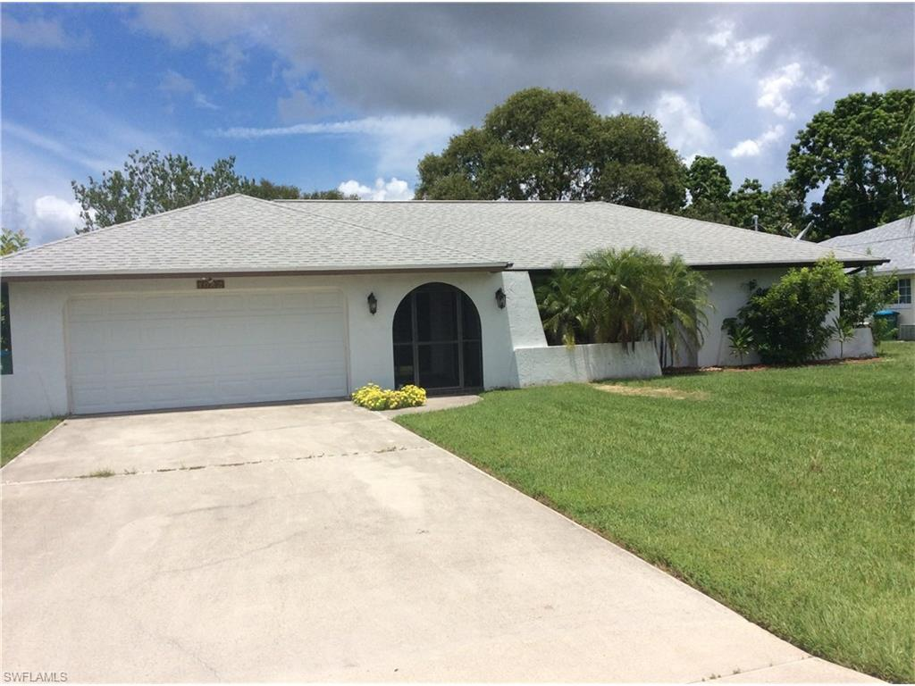 1022 SW 9th Ave, Cape Coral, FL 33991 (MLS #216047270) :: The New Home Spot, Inc.