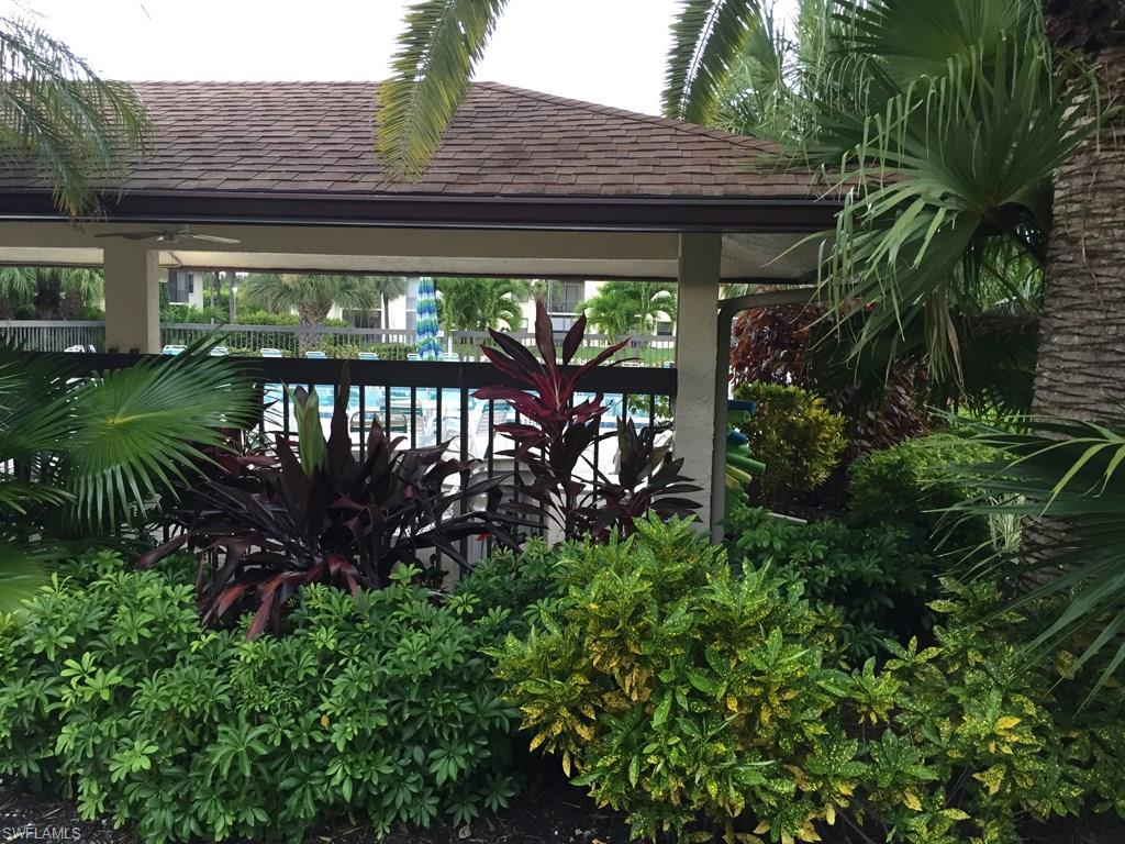 9261 Central Park South Dr #102, Fort Myers, FL 33919 (MLS #216047338) :: The New Home Spot, Inc.