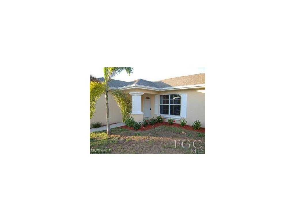 1415 SW 13th Ter, Cape Coral, FL 33991 (MLS #216048097) :: The New Home Spot, Inc.