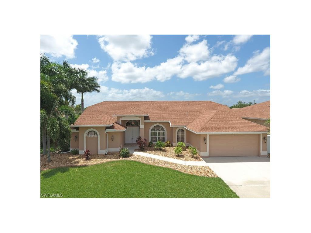2500 SW 30th Ter, Cape Coral, FL 33914 (MLS #216048293) :: The New Home Spot, Inc.
