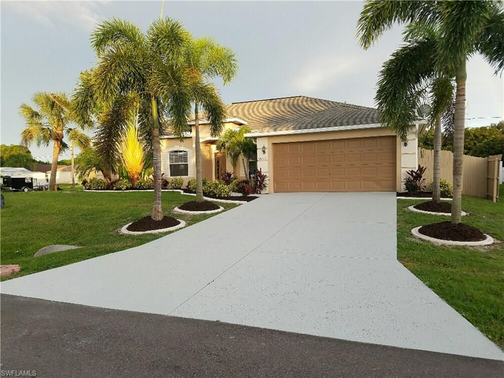 22277 Blanchard Ave, Port Charlotte, FL 33952 (#216048503) :: Homes and Land Brokers, Inc