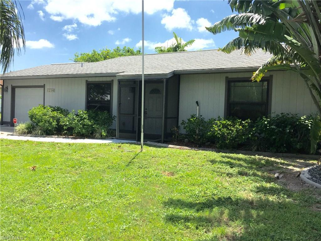 1216 NE 13th Ave, Cape Coral, FL 33909 (#216048945) :: Homes and Land Brokers, Inc