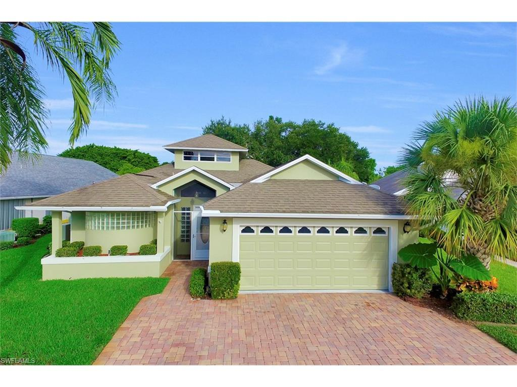 9424 Palm Island Cir, North Fort Myers, FL 33903 (MLS #216048951) :: The New Home Spot, Inc.