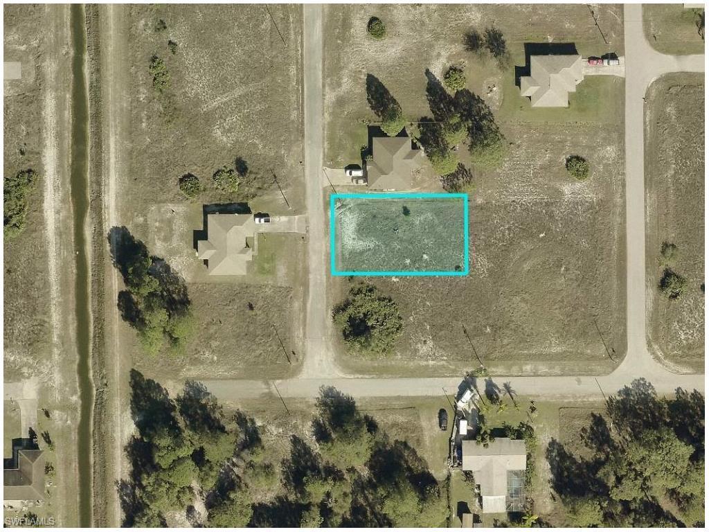 3225 Vera Ct, Lehigh Acres, FL 33976 (MLS #216049495) :: The New Home Spot, Inc.