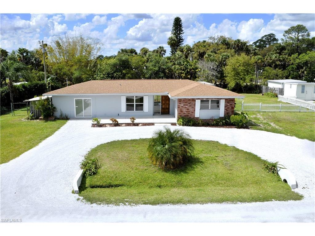 16921 Carolyn Ln, North Fort Myers, FL 33917 (MLS #216049721) :: The New Home Spot, Inc.