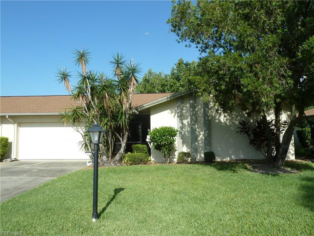 5579 Buring Ct, Fort Myers, FL 33919 (MLS #216049846) :: The New Home Spot, Inc.