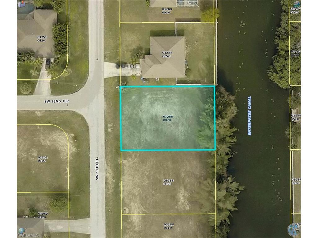 3215 SW 11th Ct, Cape Coral, FL 33914 (#216050296) :: Homes and Land Brokers, Inc