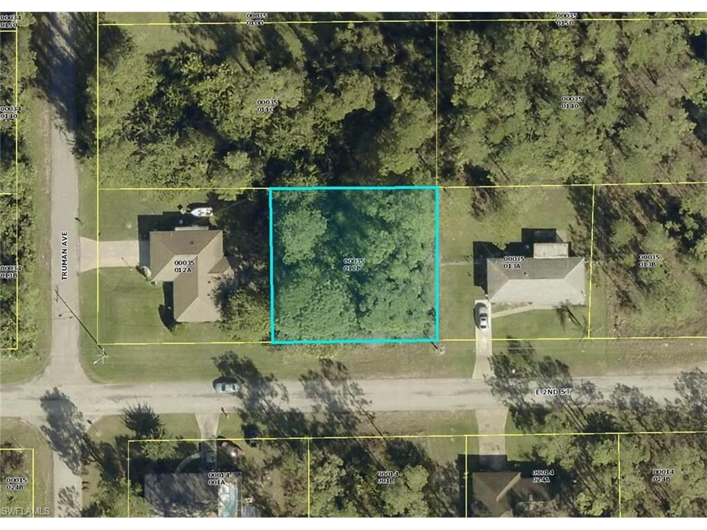 3303 E 2nd St, Lehigh Acres, FL 33936 (MLS #216050343) :: The New Home Spot, Inc.