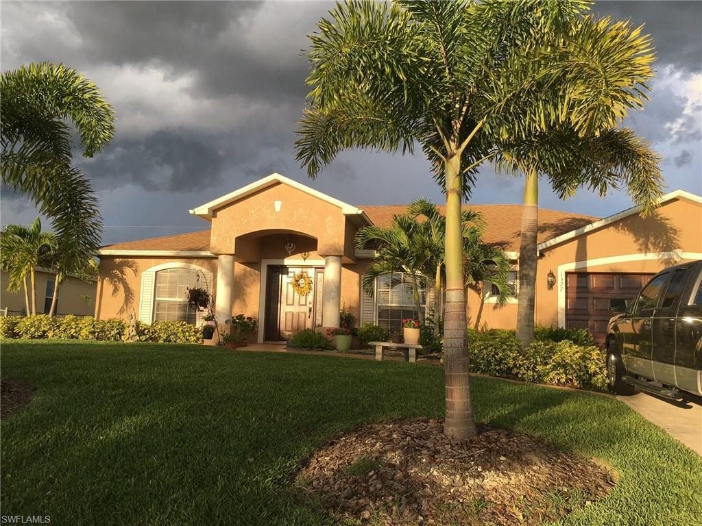 1327 NW 7th Pl, Cape Coral, FL 33993 (MLS #216050402) :: The New Home Spot, Inc.