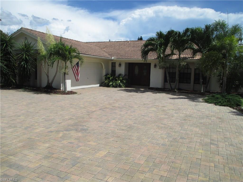 1708 Savona Pky, Cape Coral, FL 33904 (MLS #216050685) :: The New Home Spot, Inc.