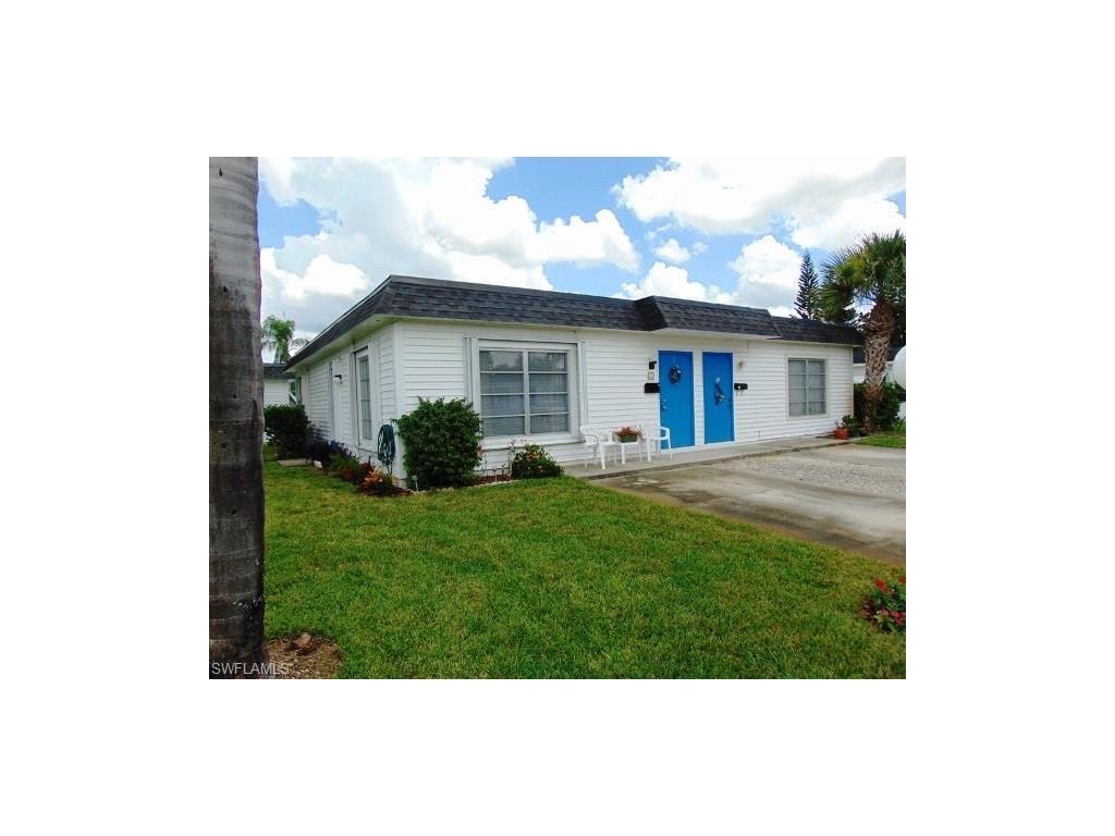 25 Tangerine Ct, Lehigh Acres, FL 33936 (MLS #216050788) :: The New Home Spot, Inc.