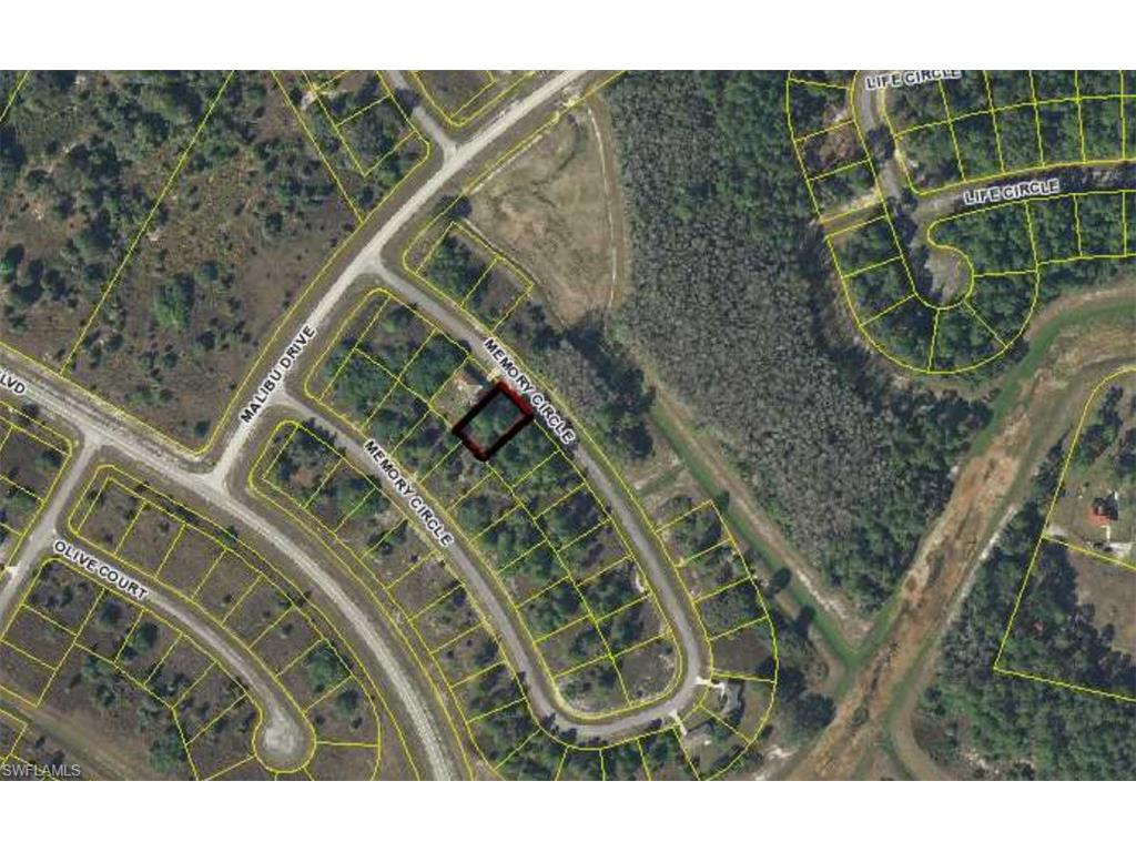8008 Memory Cir, Labelle, FL 33935 (#216050823) :: Homes and Land Brokers, Inc