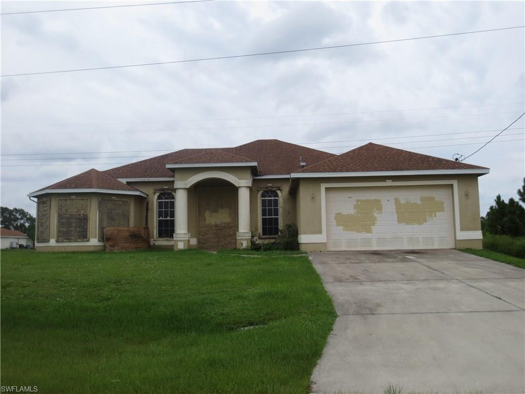 1201 Belgrave St, Fort Myers, FL 33913 (#216051102) :: Homes and Land Brokers, Inc