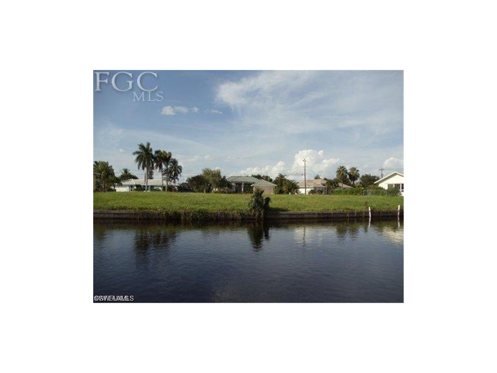 2008 SE 26th St, Cape Coral, FL 33904 (#216051212) :: Homes and Land Brokers, Inc