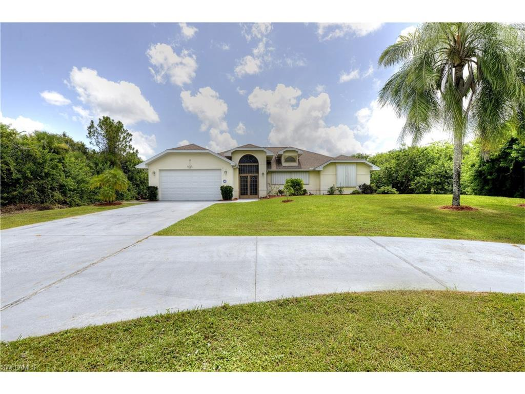 318 Monroe Ave, Lehigh Acres, FL 33936 (#216051366) :: Homes and Land Brokers, Inc