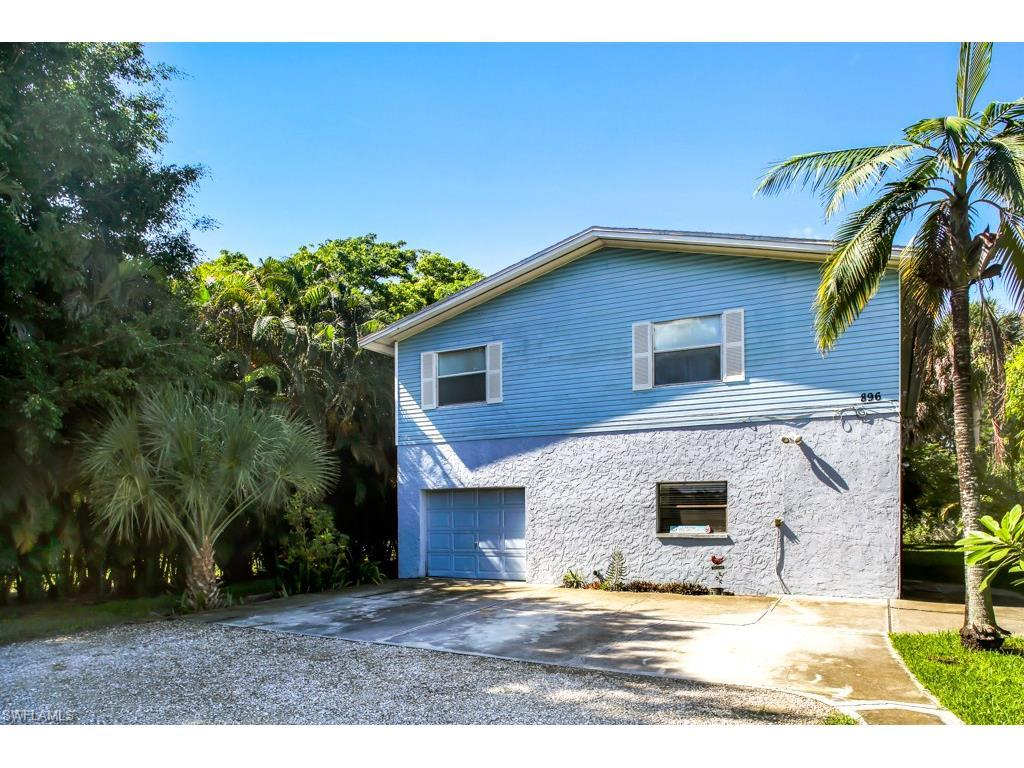 896 North St, Fort Myers Beach, FL 33931 (MLS #216052146) :: The New Home Spot, Inc.
