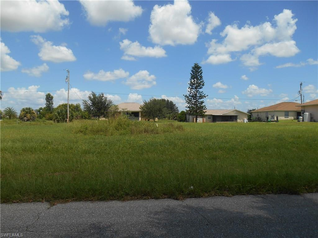 309 NW 4th Ter, Cape Coral, FL 33993 (MLS #216052299) :: The New Home Spot, Inc.