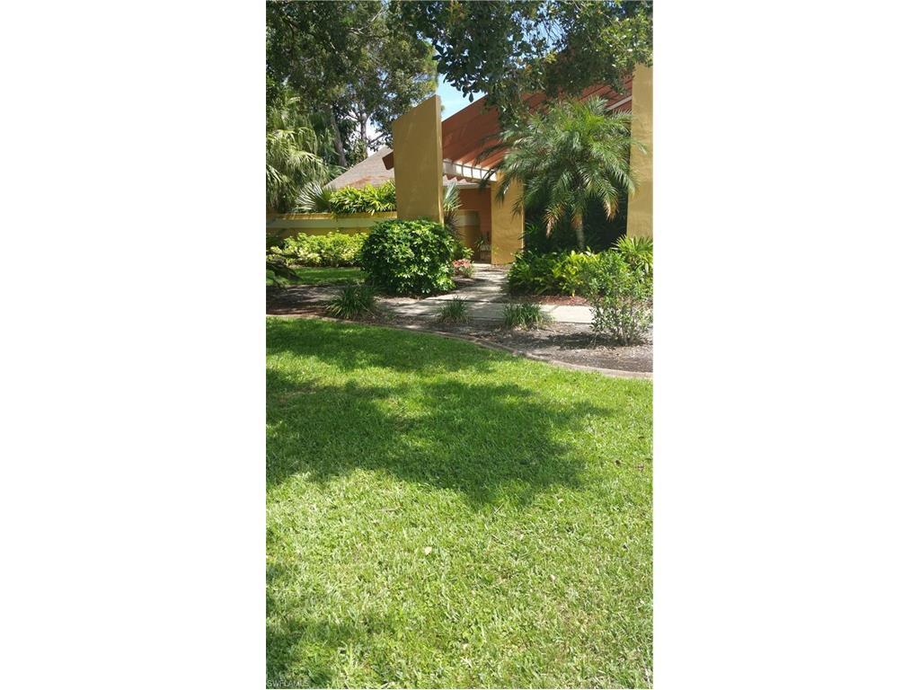 5816 Tallowood Cir, Fort Myers, FL 33919 (MLS #216052406) :: The New Home Spot, Inc.