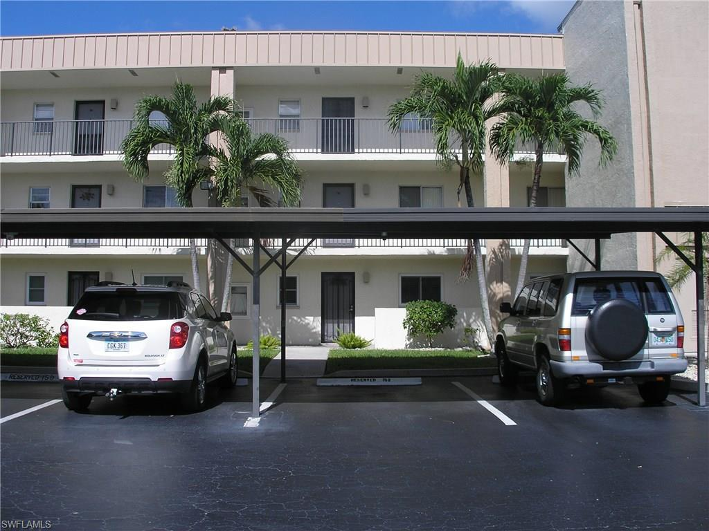 2111 Barkeley Ln #3, Fort Myers, FL 33907 (MLS #216052438) :: The New Home Spot, Inc.