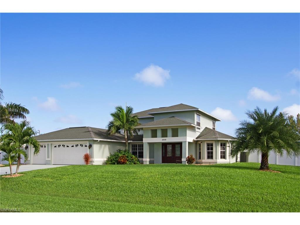 2205 SW 39th Ter, Cape Coral, FL 33914 (#216052524) :: Homes and Land Brokers, Inc