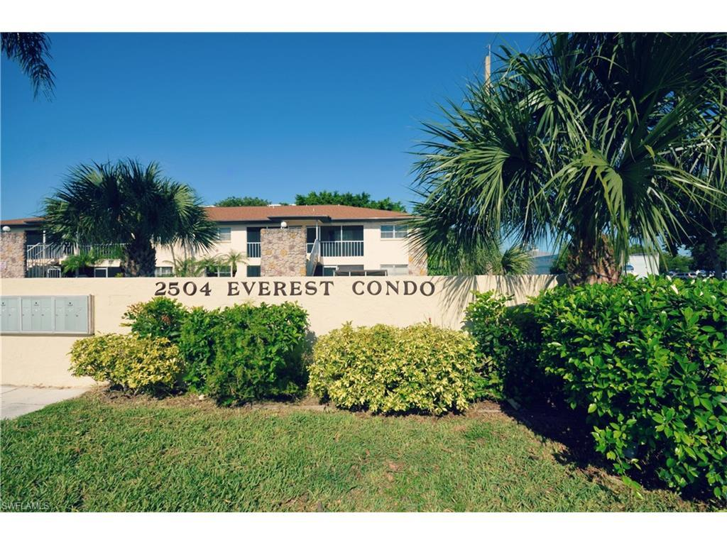 2504 SE 16th Pl #204, Cape Coral, FL 33904 (#216052568) :: Homes and Land Brokers, Inc
