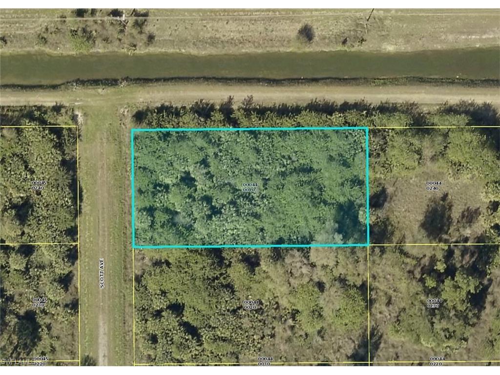 1922 Scott Ave, Lehigh Acres, FL 33972 (MLS #216052585) :: The New Home Spot, Inc.