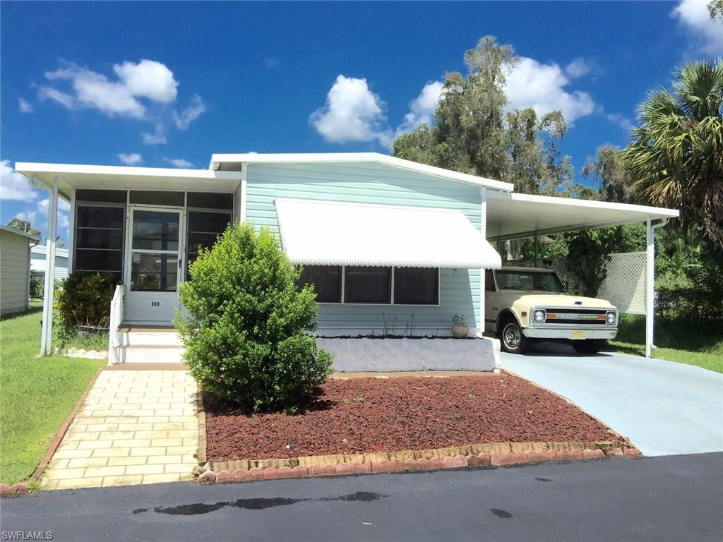 880 Moonlight Dr, North Fort Myers, FL 33917 (MLS #216052715) :: The New Home Spot, Inc.
