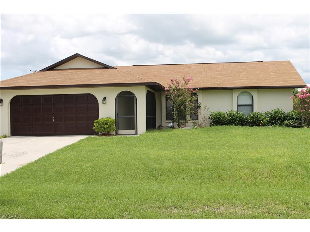 913 SE 27th Ter, Cape Coral, FL 33904 (#216052726) :: Homes and Land Brokers, Inc