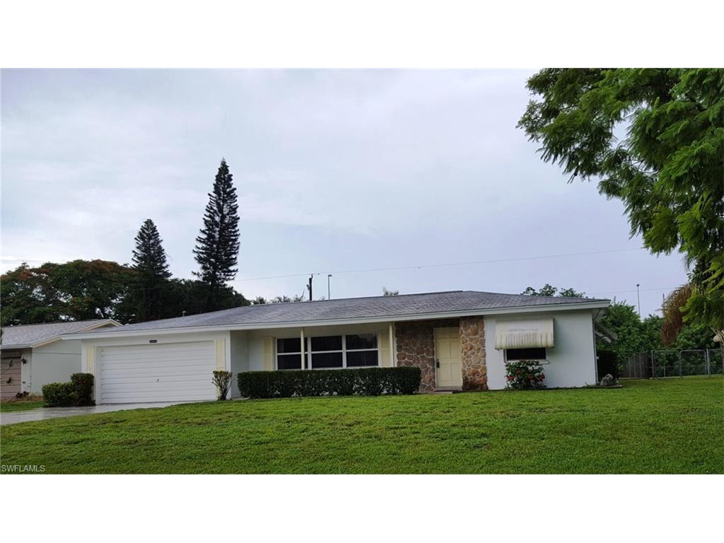 5579 Sunrise Dr, Fort Myers, FL 33919 (MLS #216052837) :: The New Home Spot, Inc.