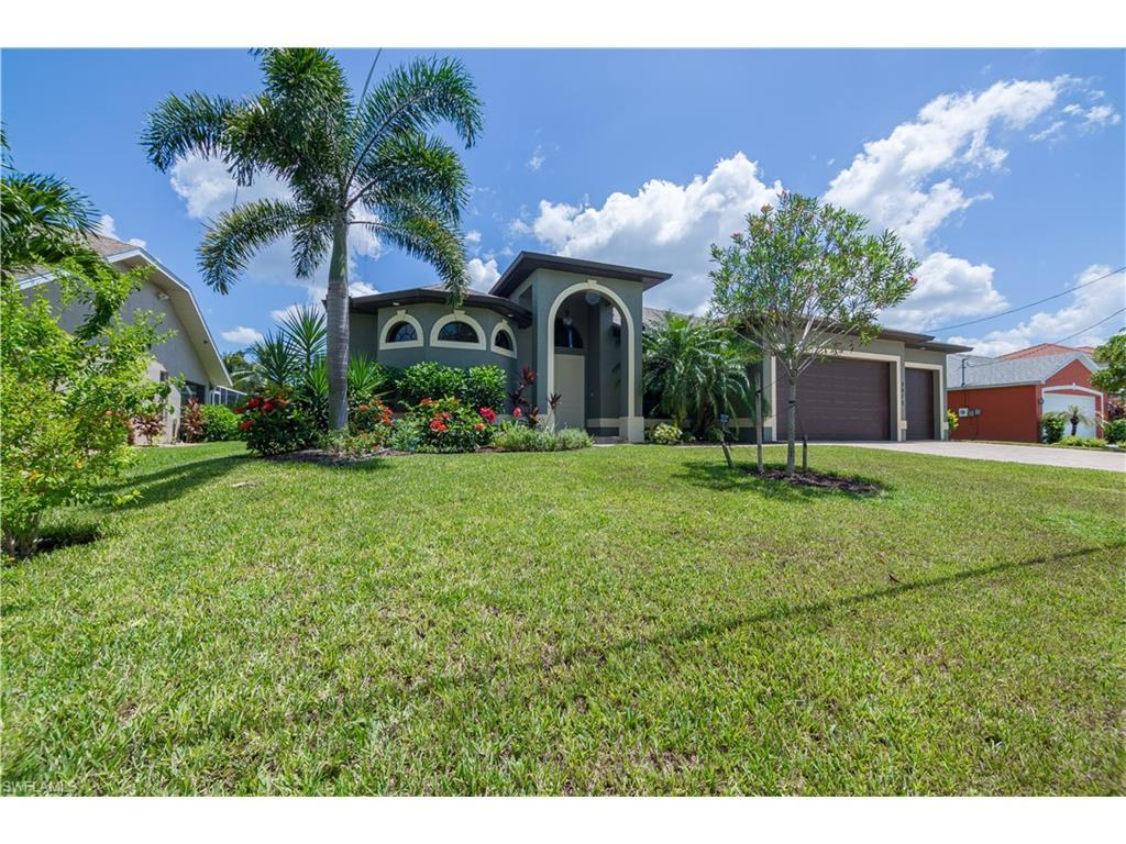 2013 SE 17th Pl, Cape Coral, FL 33990 (MLS #216052861) :: The New Home Spot, Inc.