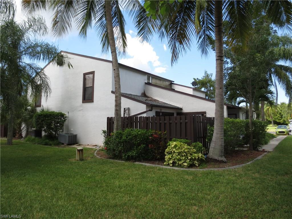 12935 Meadowood Ct, Fort Myers, FL 33919 (#216052949) :: Homes and Land Brokers, Inc