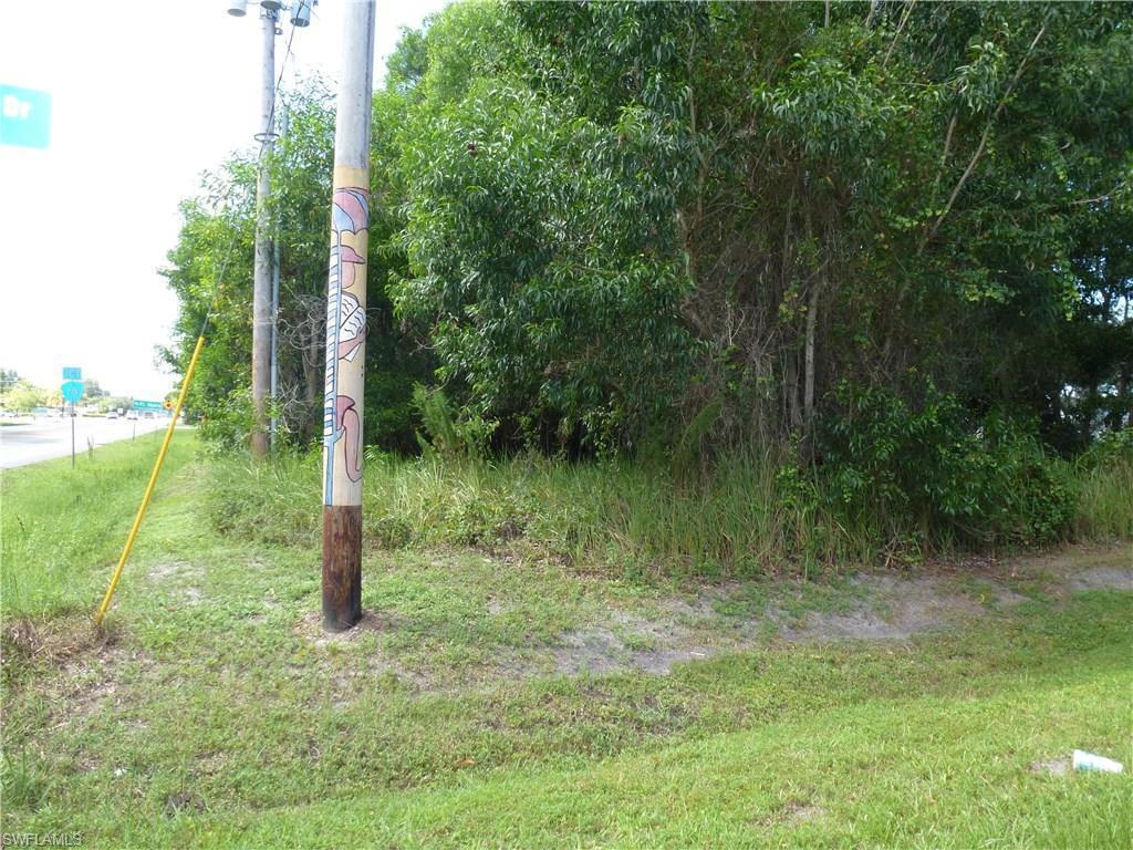 10627 Stringfellow Rd, Bokeelia, FL 33922 (#216052991) :: Homes and Land Brokers, Inc