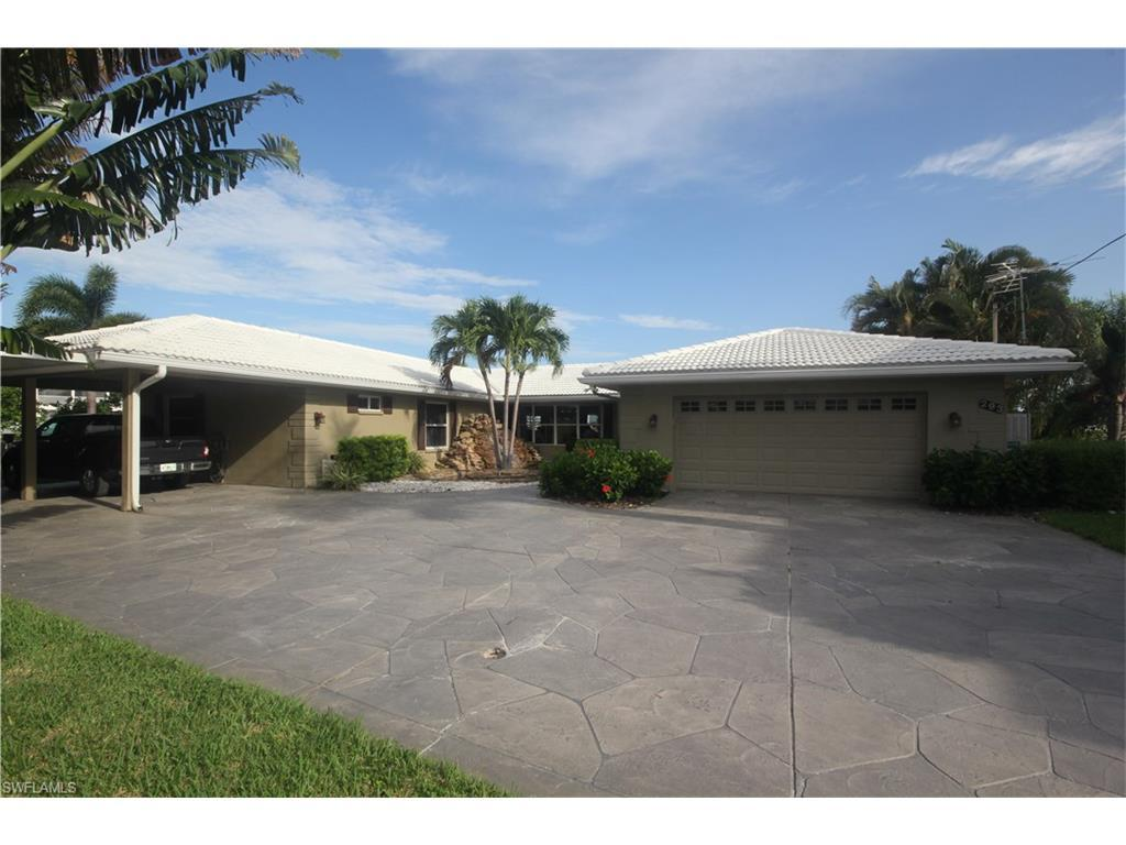 293 Carolina Ave, Fort Myers Beach, FL 33931 (#216053101) :: Homes and Land Brokers, Inc
