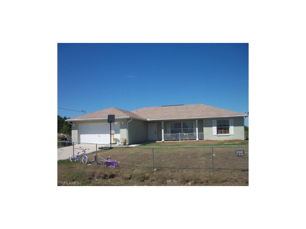 307 Wells Ave, Lehigh Acres, FL 33936 (MLS #216053157) :: The New Home Spot, Inc.