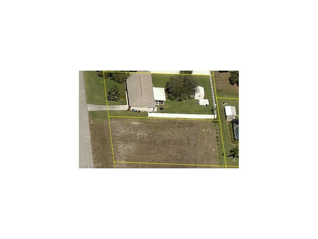 1421 NE 18th Pl, Cape Coral, FL 33909 (#216053208) :: Homes and Land Brokers, Inc