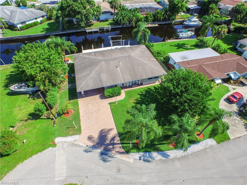 1716 Marina Ter, North Fort Myers, FL 33903 (MLS #216053404) :: The New Home Spot, Inc.