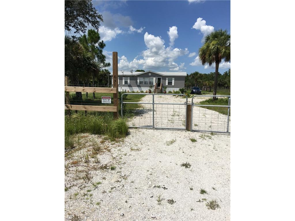 651 Montura Ave, Clewiston, FL 33440 (MLS #216053493) :: The New Home Spot, Inc.