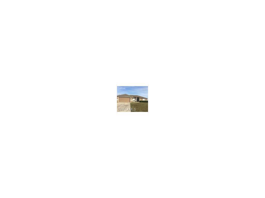 2109 NE 4th Ave, Cape Coral, FL 33909 (MLS #216053727) :: The New Home Spot, Inc.