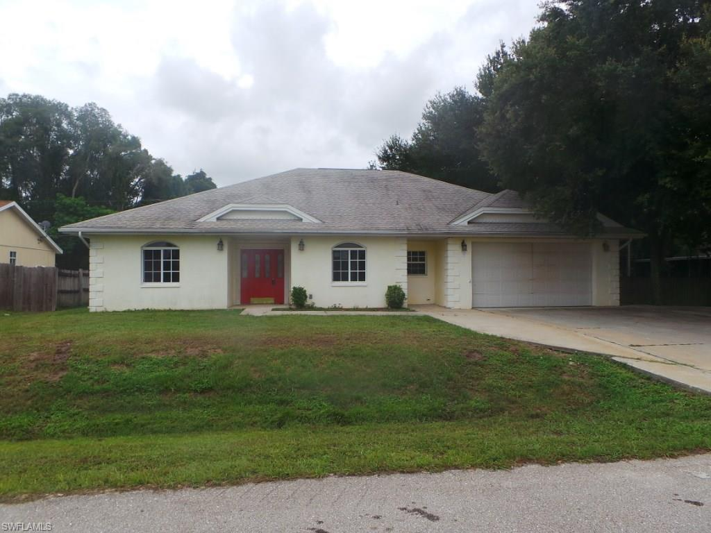 18218 Columbine Rd, Fort Myers, FL 33967 (MLS #216053782) :: The New Home Spot, Inc.