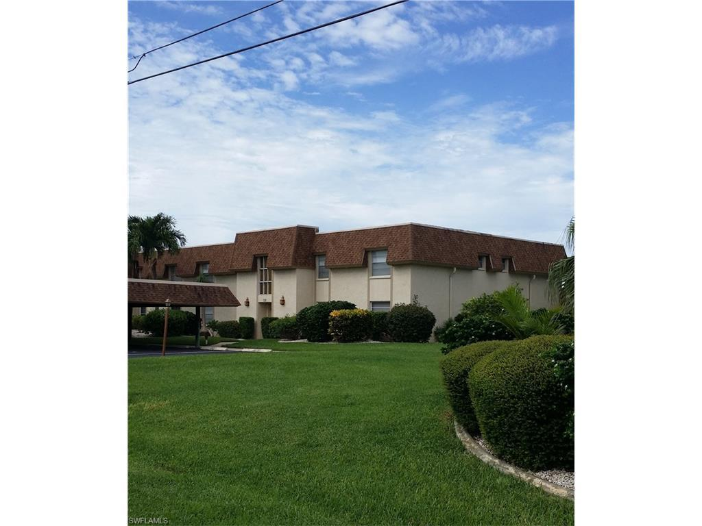 4024 SE 19th Ave #204, Cape Coral, FL 33904 (#216053834) :: Homes and Land Brokers, Inc