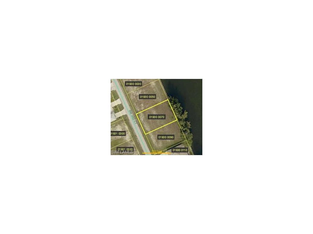 413 SW 3rd Ct, Cape Coral, FL 33991 (MLS #216054144) :: The New Home Spot, Inc.