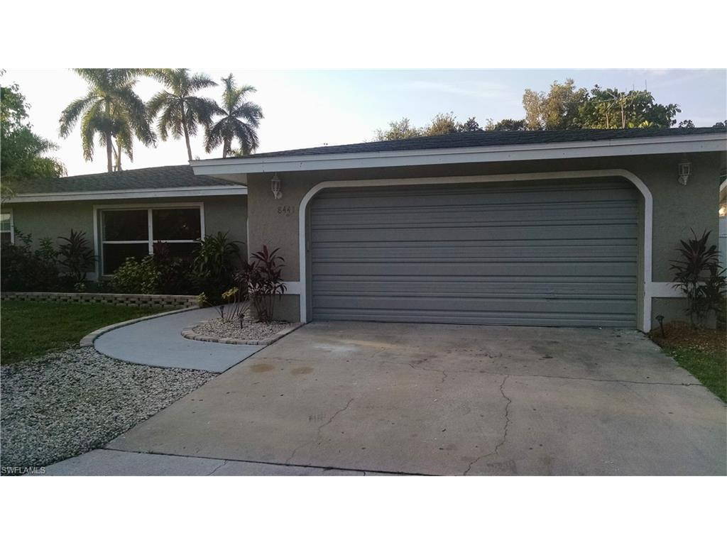 8441 Yorkshire Ln, Fort Myers, FL 33919 (MLS #216054270) :: The New Home Spot, Inc.