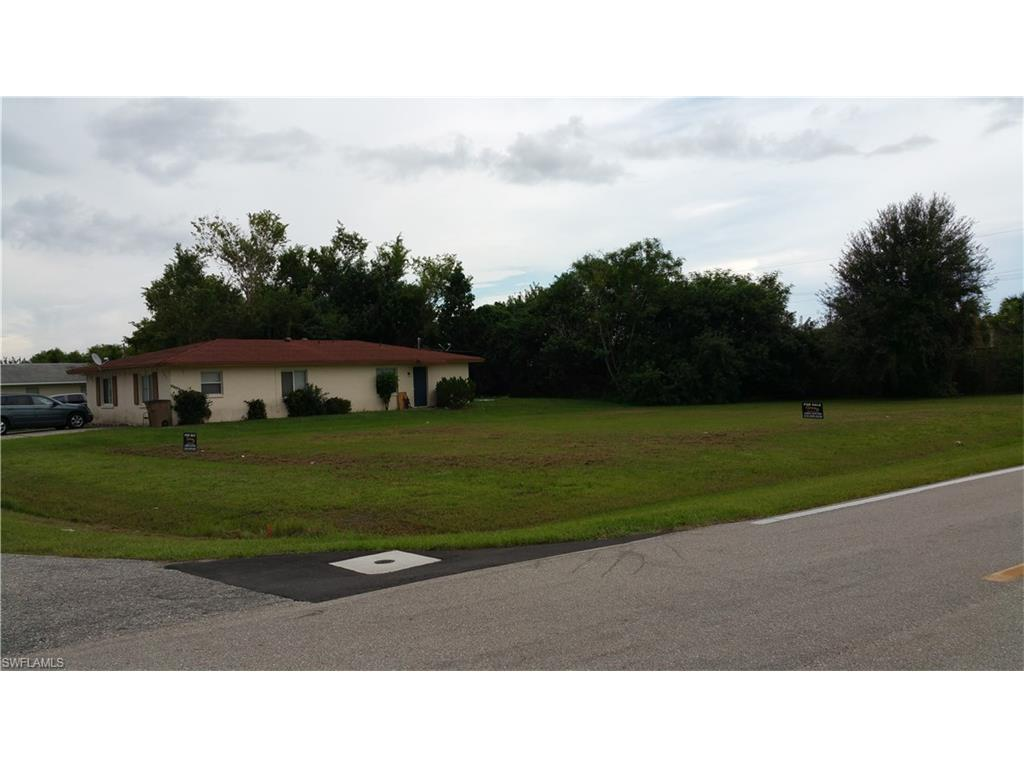 13201/203 1st St, Fort Myers, FL 33905 (#216054428) :: Homes and Land Brokers, Inc