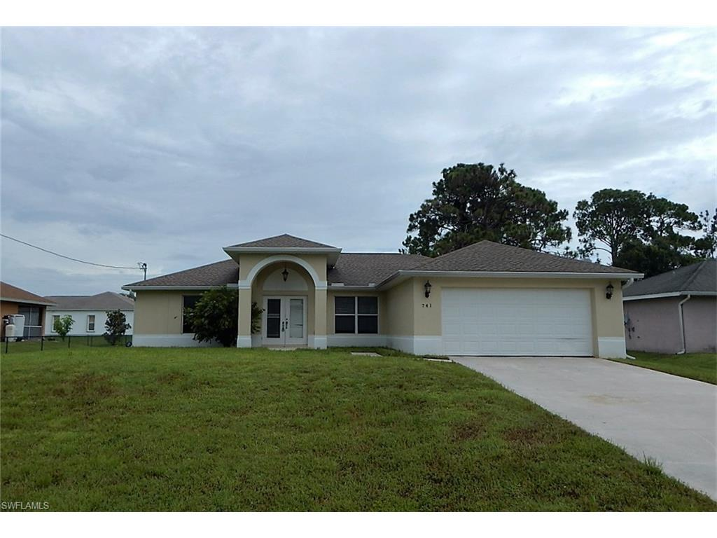 741 Grant Blvd, Lehigh Acres, FL 33974 (#216054677) :: Homes and Land Brokers, Inc