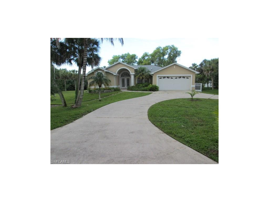 1053 River Rd, North Fort Myers, FL 33903 (MLS #216054803) :: The New Home Spot, Inc.