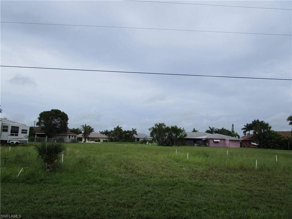 1910 SE 11th Ave, Cape Coral, FL 33990 (#216054953) :: Homes and Land Brokers, Inc