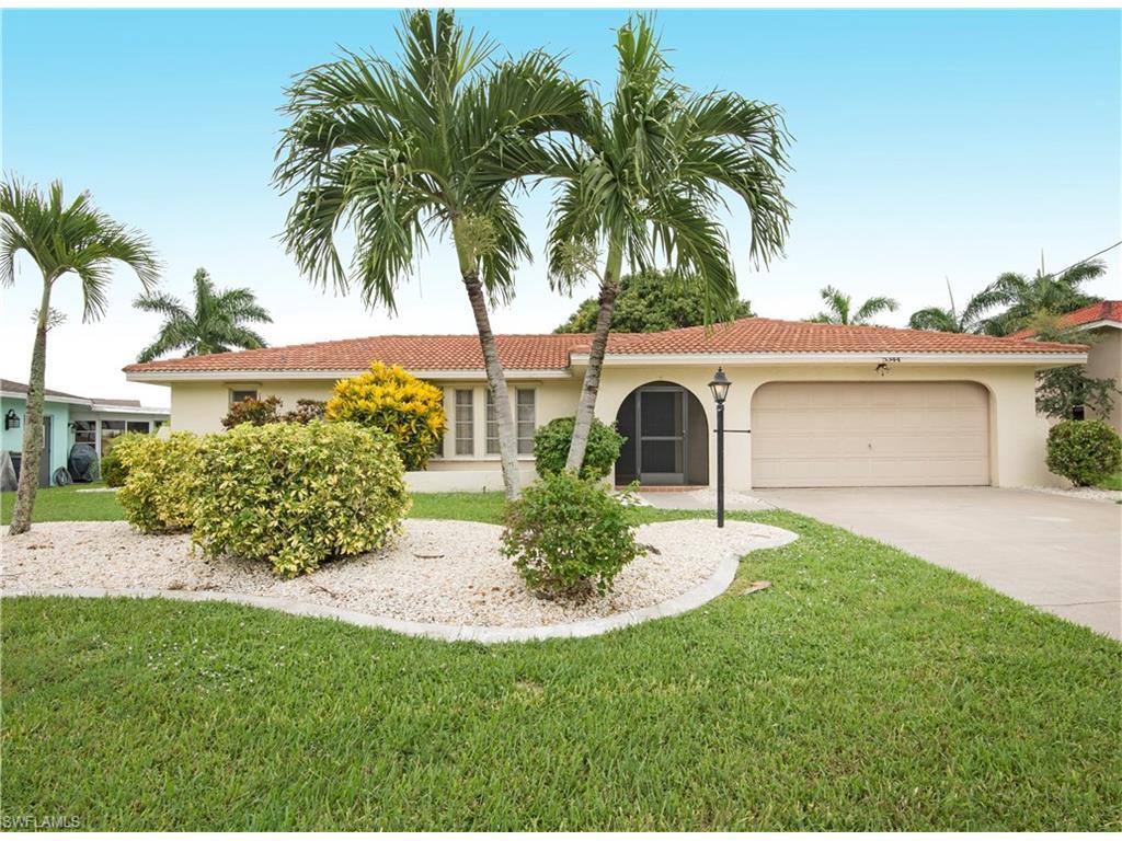 5344 Malibu Ct, Cape Coral, FL 33904 (#216055353) :: Homes and Land Brokers, Inc