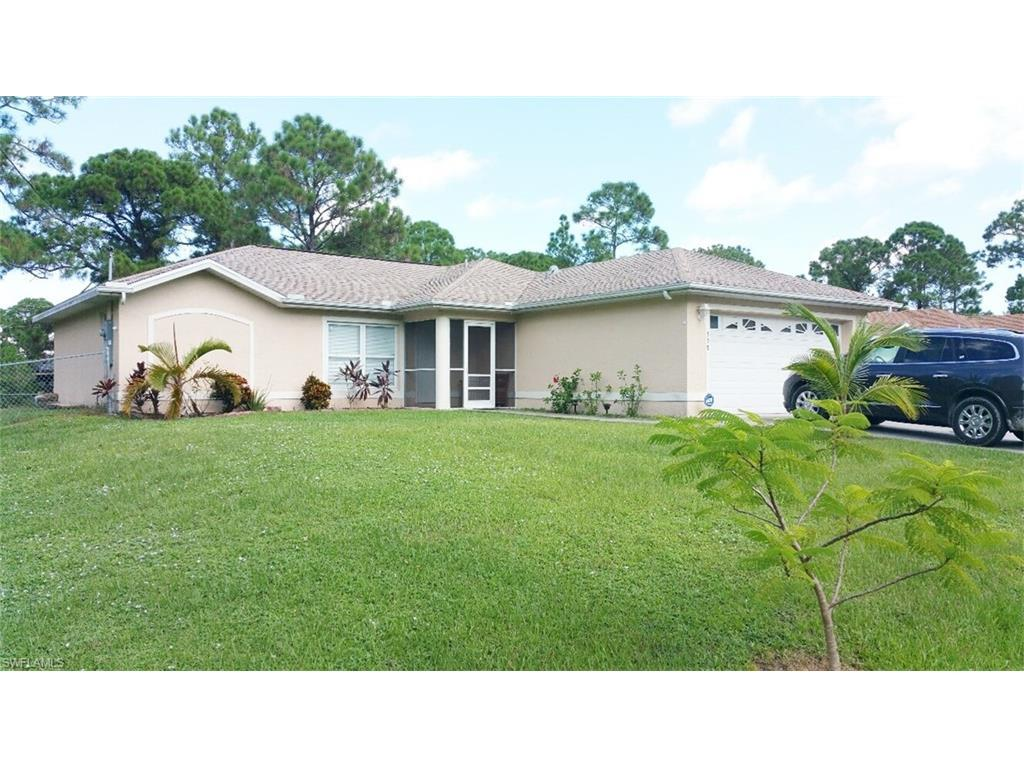 338 Mangonia Ave, Lehigh Acres, FL 33974 (MLS #216055787) :: The New Home Spot, Inc.