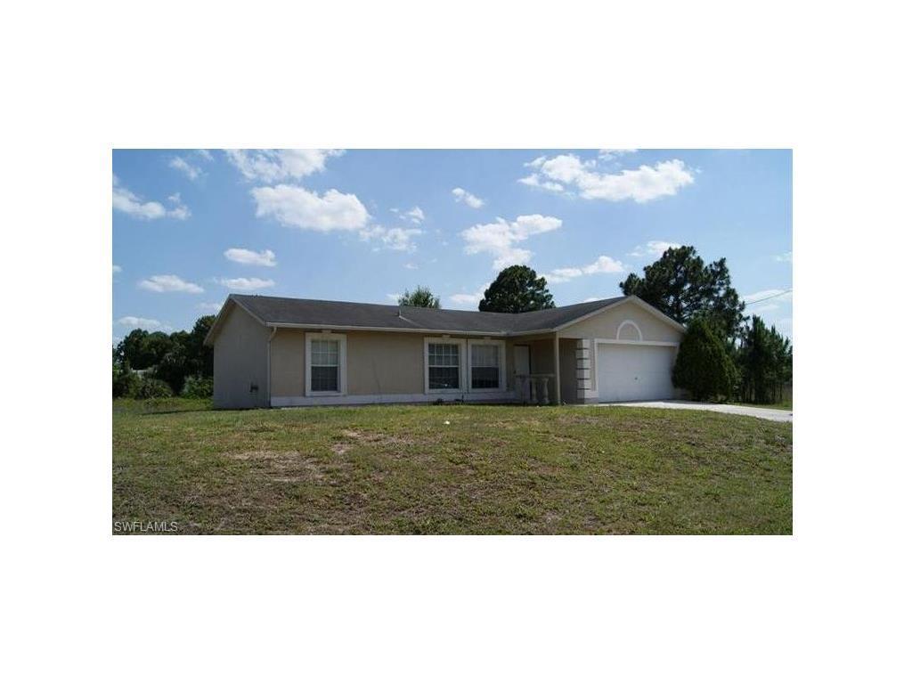 1154 Ebert St E, Lehigh Acres, FL 33974 (MLS #216055849) :: The New Home Spot, Inc.